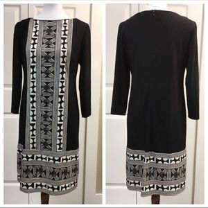 DONNA MORGAN BLACK AND WHIE AZTEC DRESS